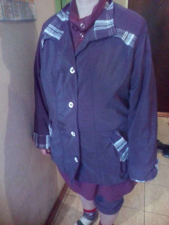 Женская курточка размер 48-50