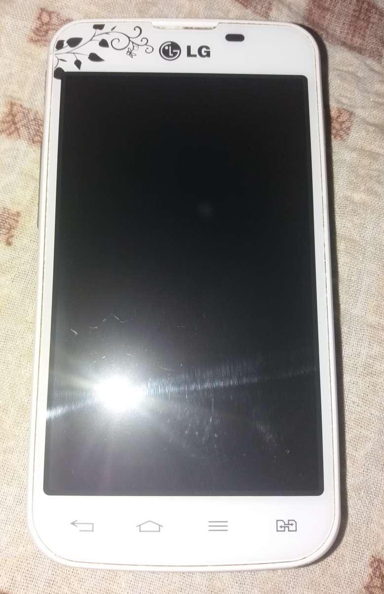 Продам Телефон LG E 455