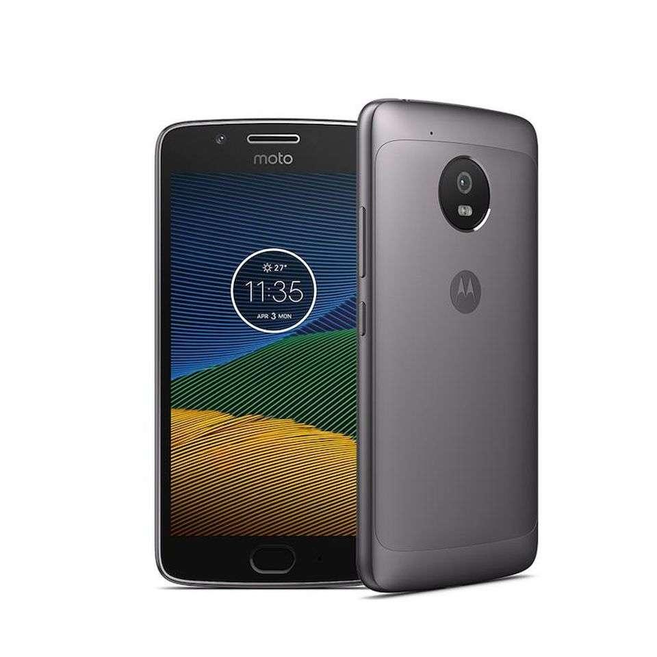 Замена экрана стекла дисплея модуля Motorola XT1676 Moto G5, черный