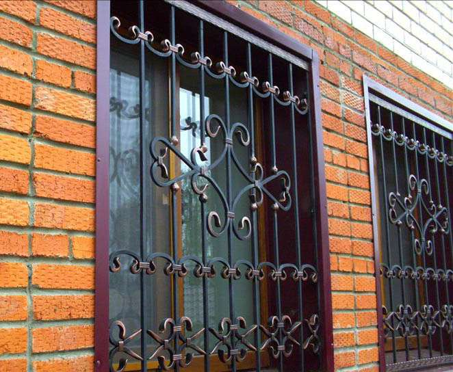Решетки на окна. Сварные решетки. Кованные решетки на окна.