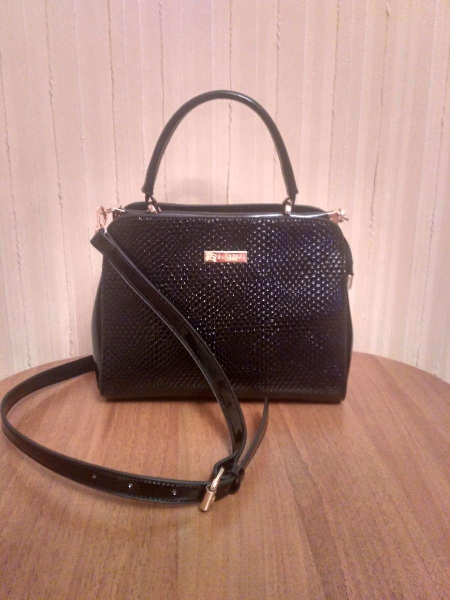 Лакована жіноча сумка