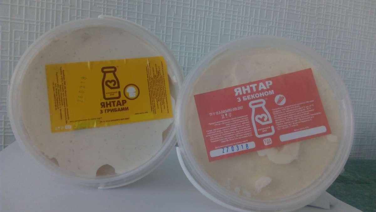 Плавленый сыр Янтарь со вкусом грибов, бекона,семги
