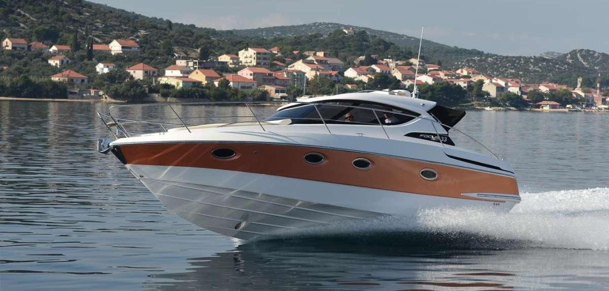 Яхты для отдыха, спорта и развлечений