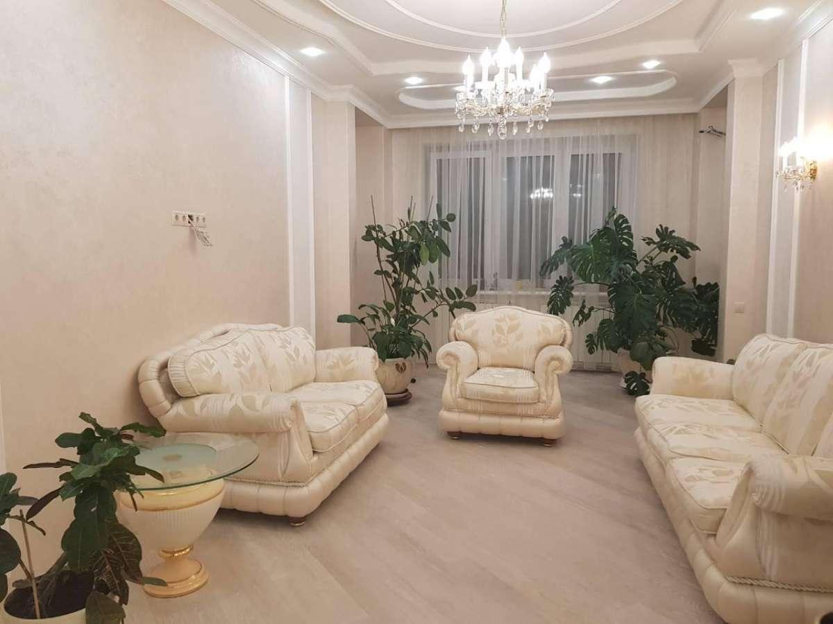 Просторная квартира в видовой секции на Героев Сталинграда 4. ЖК Оазис