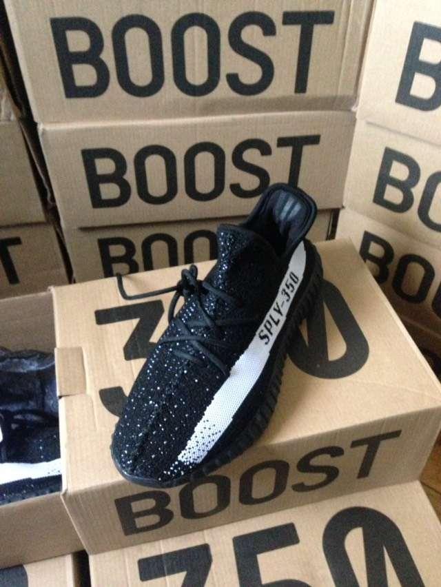 af0c6aaf Adidas Yeezy Boost 350 v2 Black White Новые из польши: 1 999 грн ...