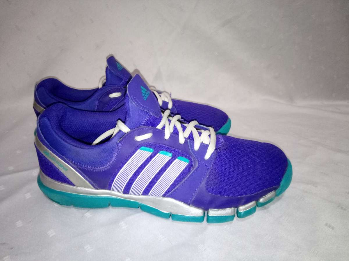 Кроссовки Adidas Adipure Trainer, 38р.стелька24,5см, отличное состояни