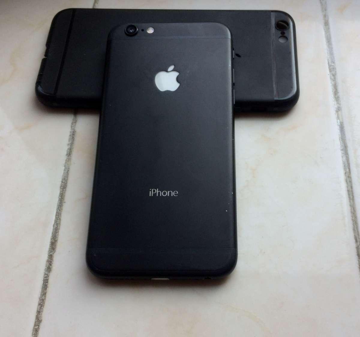 Срочно продам iphone 6S 16gb R-Sim светится логотип apple