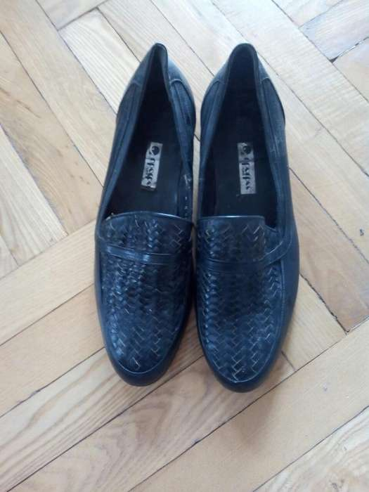 a79a33d113a3b1 Ботинки мешти перше взуття
