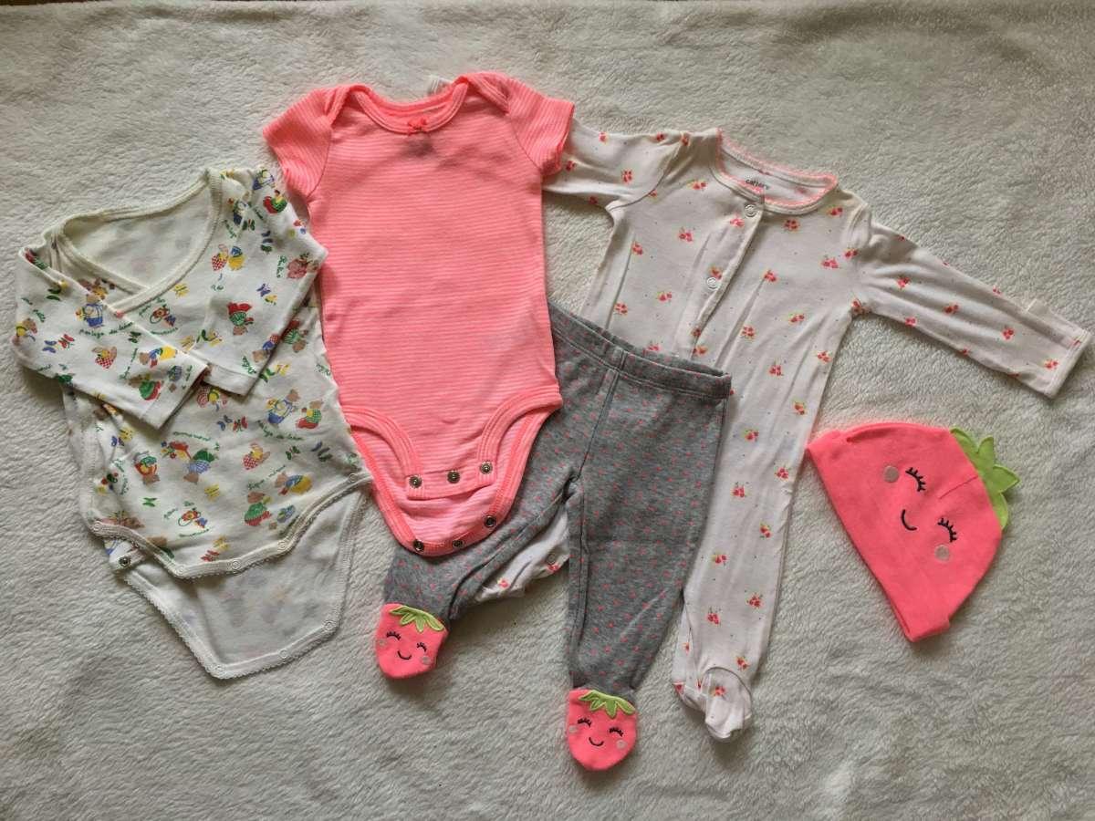 Продам набор детской фирменной одежды от 0до 3 х месяцев