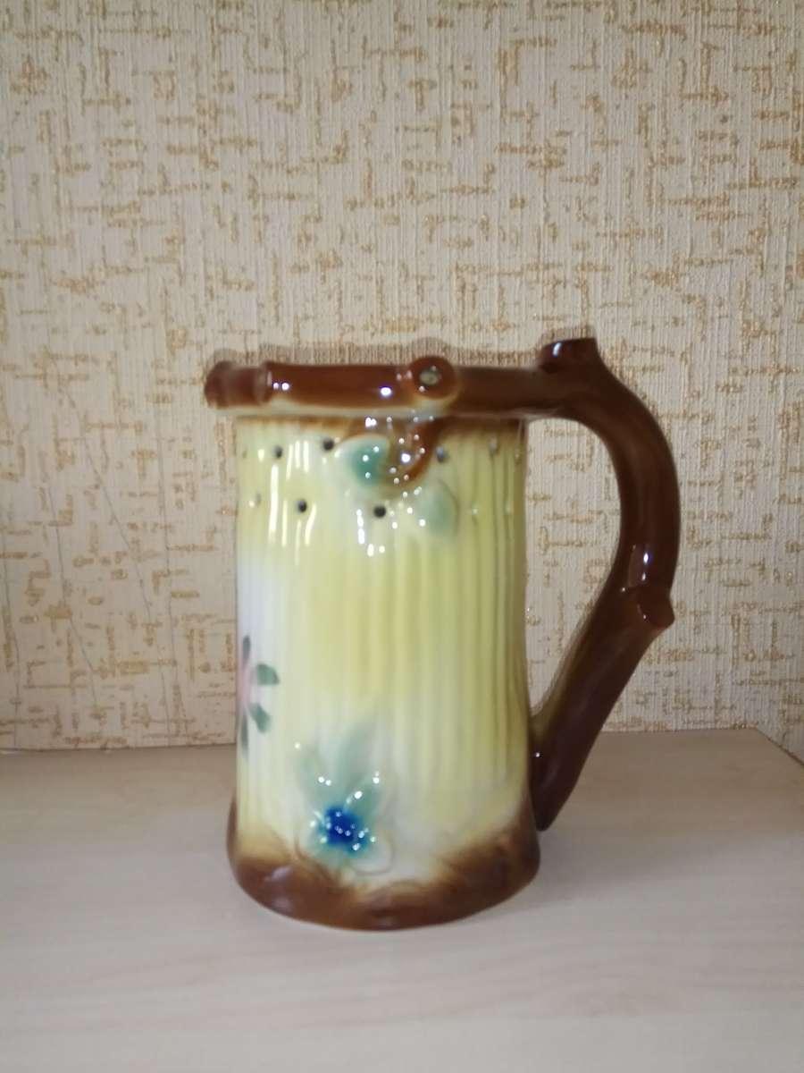 Продам сувенирную чашку. Фарфор середина прошлого века. ГЕРМАНИЯ