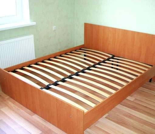 Продам двуспальную кровать с ортопедическим матрасом
