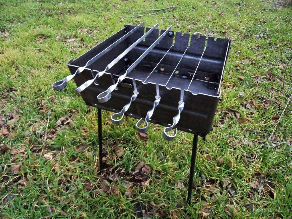 Продам мангал-чемодан на 6 шампуров