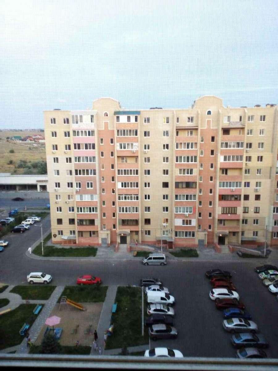 Продам трехкомнатную квартиру по  ул. Сахарова 24 с общей площадью 83