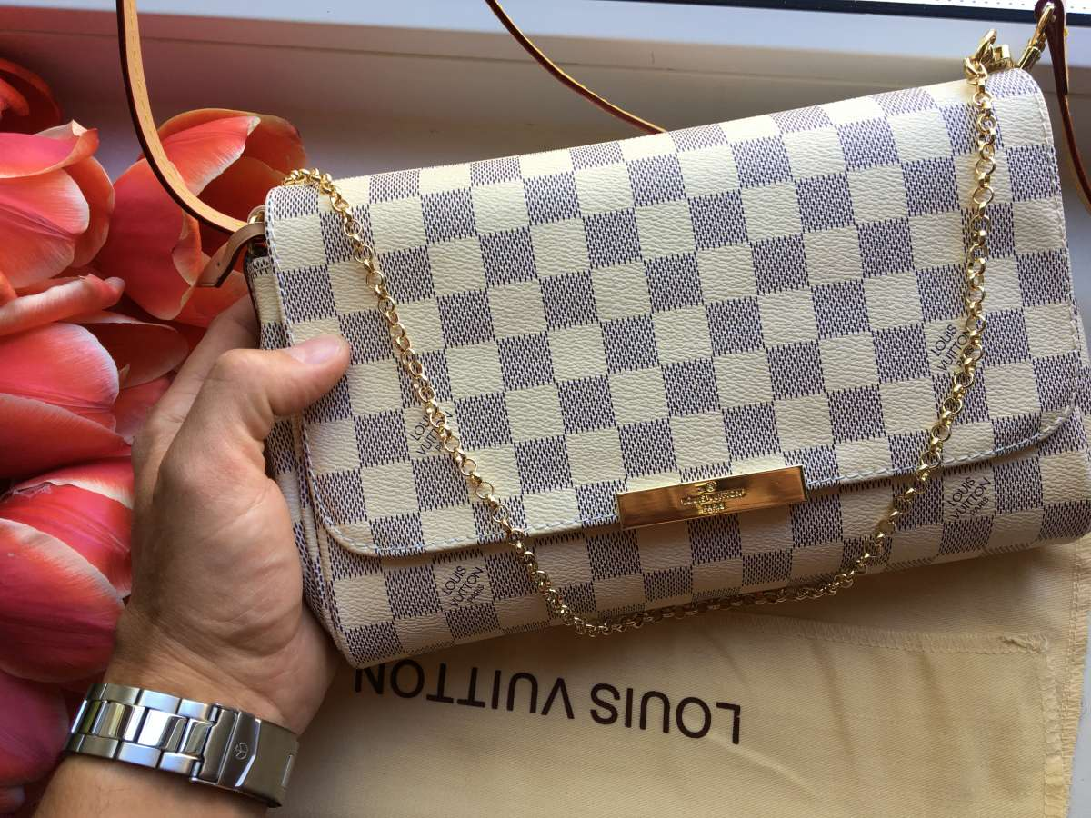 8f1fdd650344 Сумка LV клатч Louis Vuitton Favorite PM Сумочк...: 100 у.е. - Мода ...