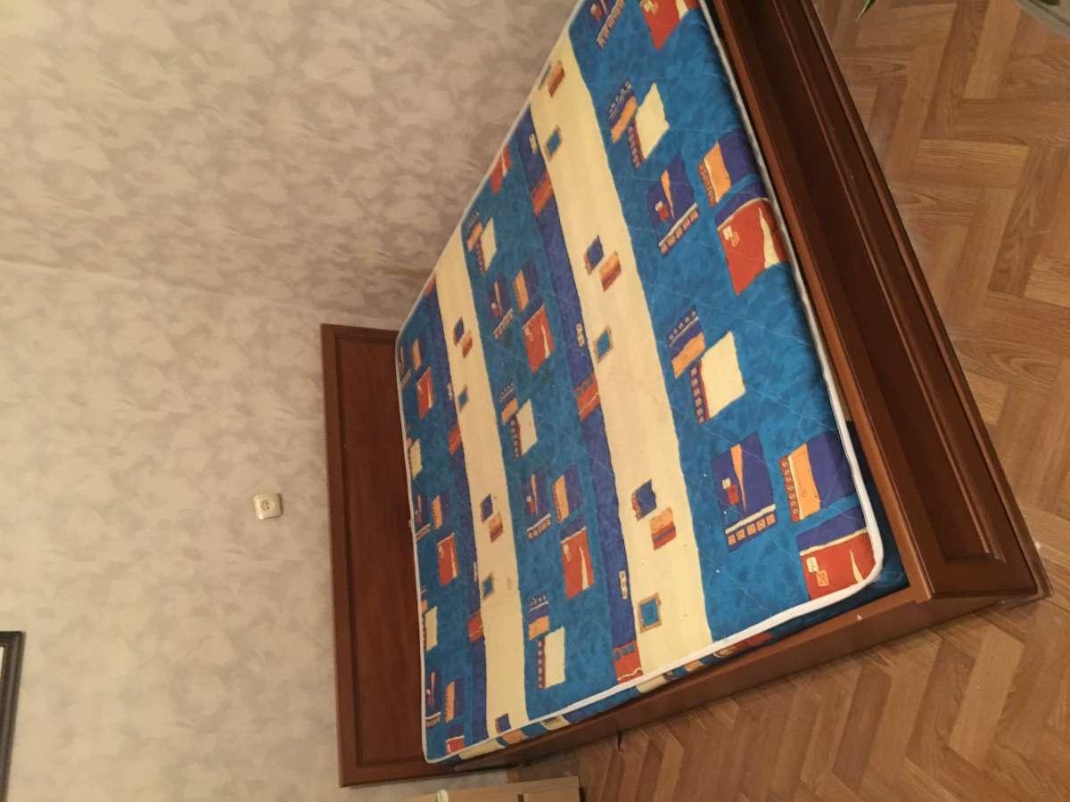 Двуспальная кровать + матрац+ ламели