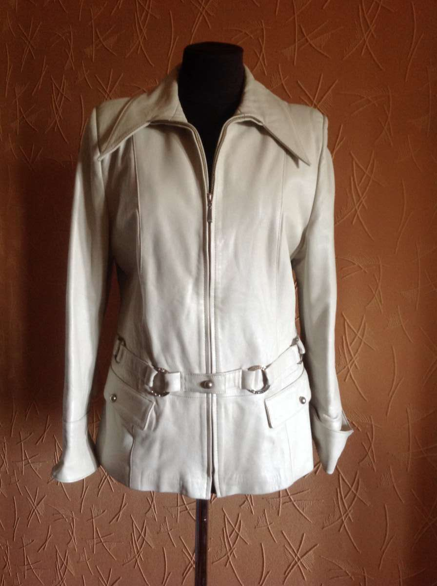 Куртка пиджак на молнии. Натуральная кожа.