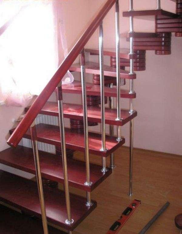 Полимерный поручень для лестниц