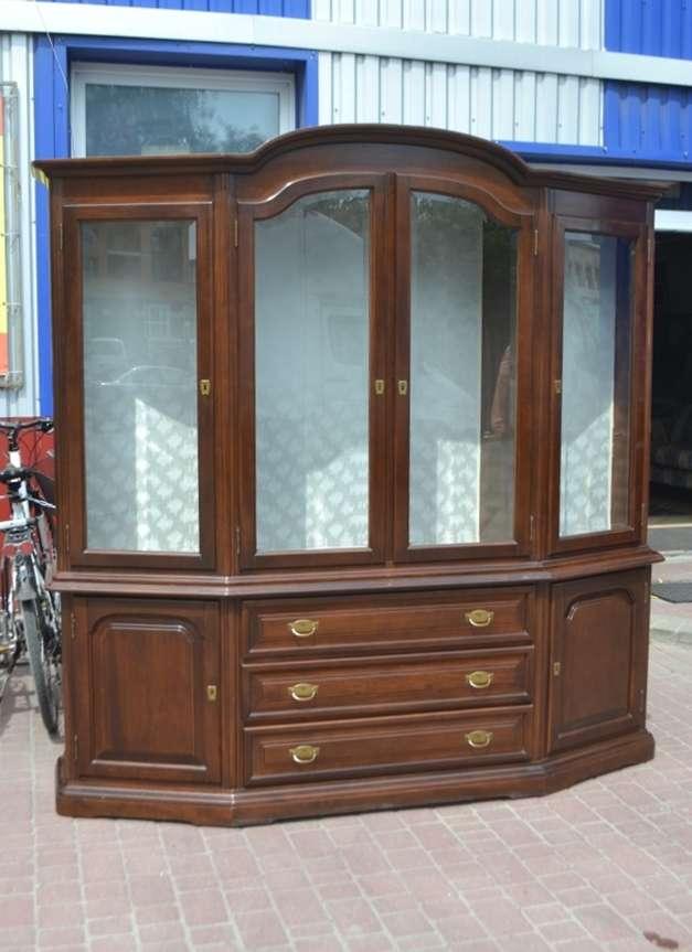 Вітрина із масиву горіха, витрина, стенка,  шкаф, буфет, мебель БУ
