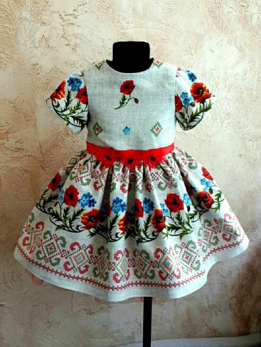 Платье на девочку 4-6 лет