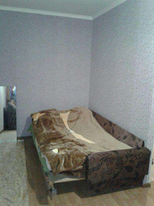 Сдам однокомнатную квартиру возле Севастопольской площади.
