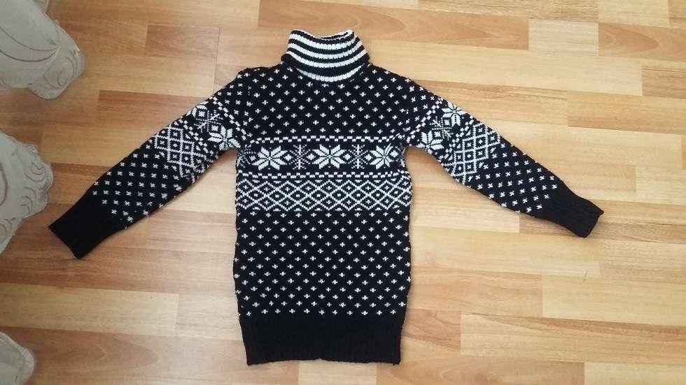 теплая туника, свитер на девочку 6-8 лет. размер 116, 122, 128, 134