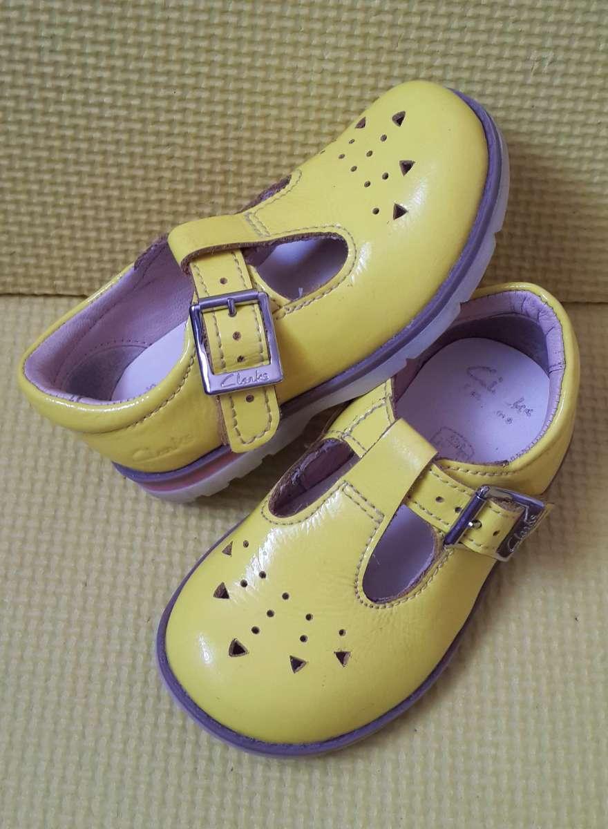 Туфли мокасины Clarks 20-22 р. кожа  310 грн - Дитячий світ   Дитяче ... bb63b5fdc9ae1
