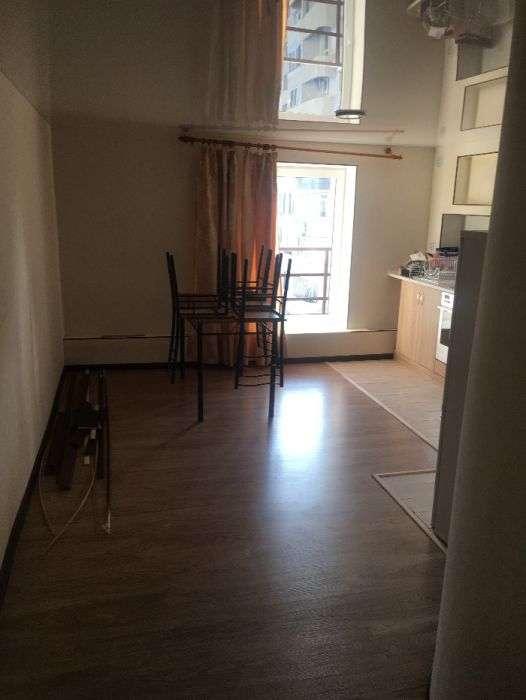 3 комнатная квартира на Высоцкого с ремонтом