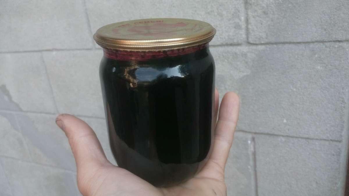 Продам варення з чорниці у власному соці з цукром в 0, 5л і 1л