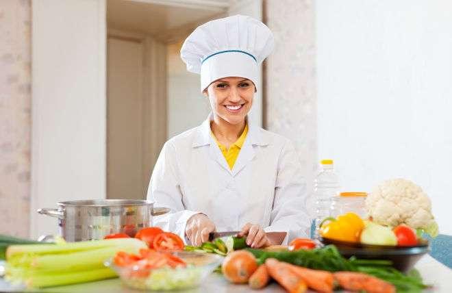 Помощник повара и повара в Польшу до 150 злотых в день