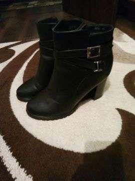 Продам зимові сапожки  600 грн - Мода і стиль   Одяг  взуття Київ на ... be21f43767c86