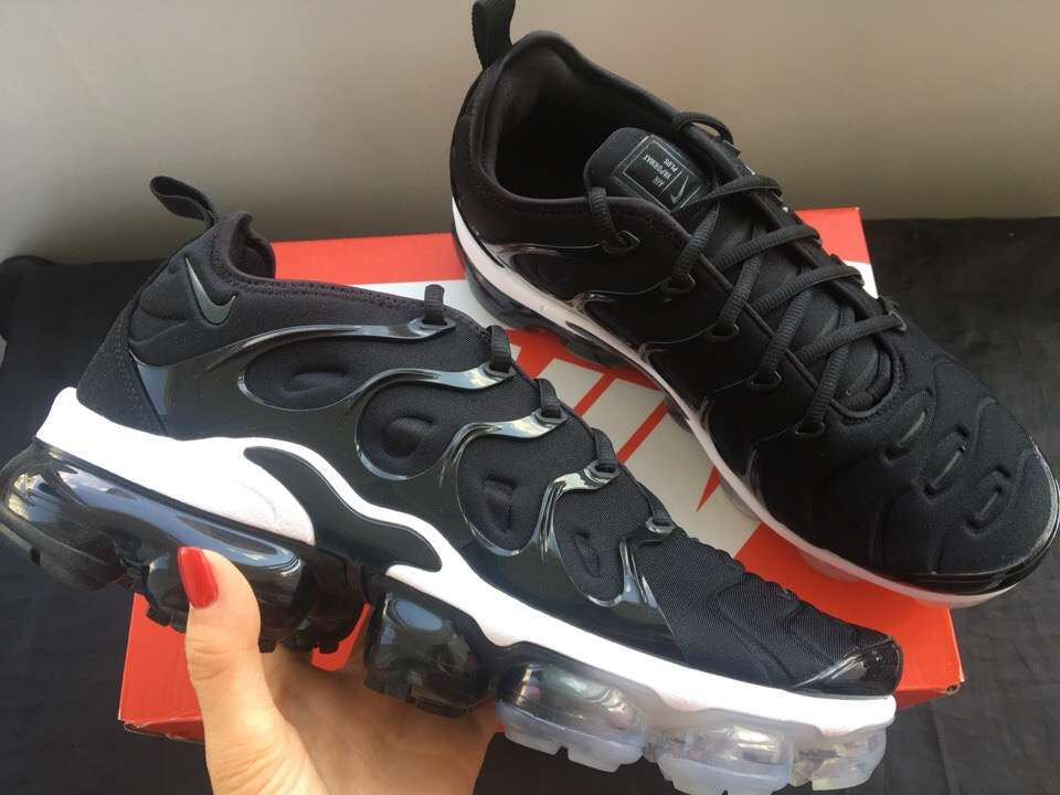 Кроссовки Nike Air Vapormax plus Оригинал