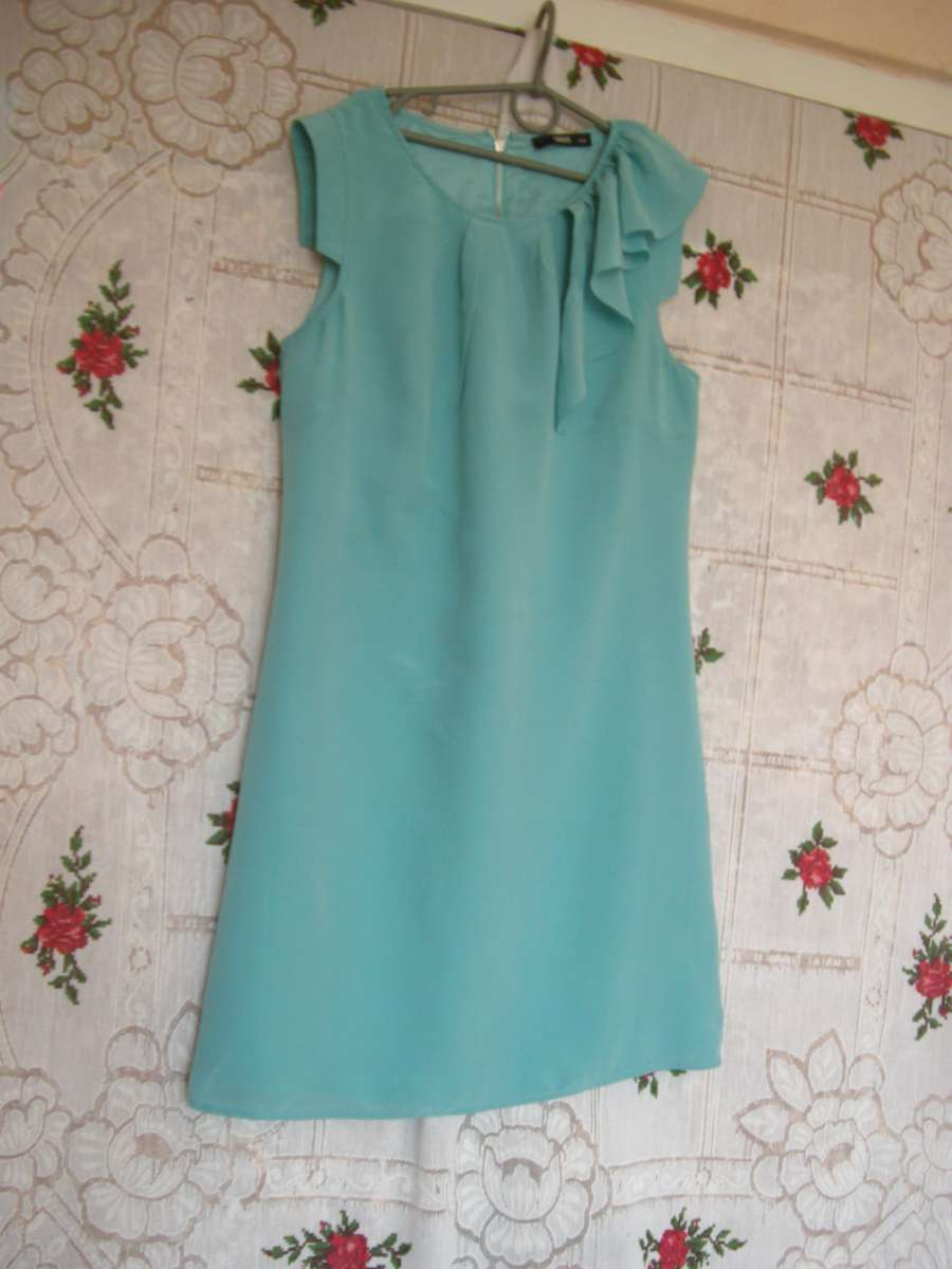 "Супер платье бирюзовое,р.8""oasis"",100%шелк."