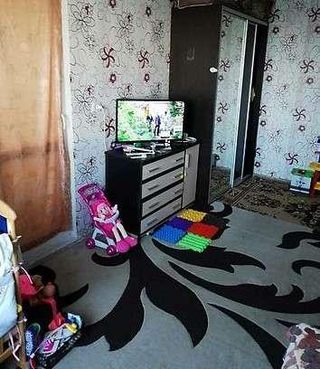 Продам однокомнатную квартиру в центре нестандартной планировки