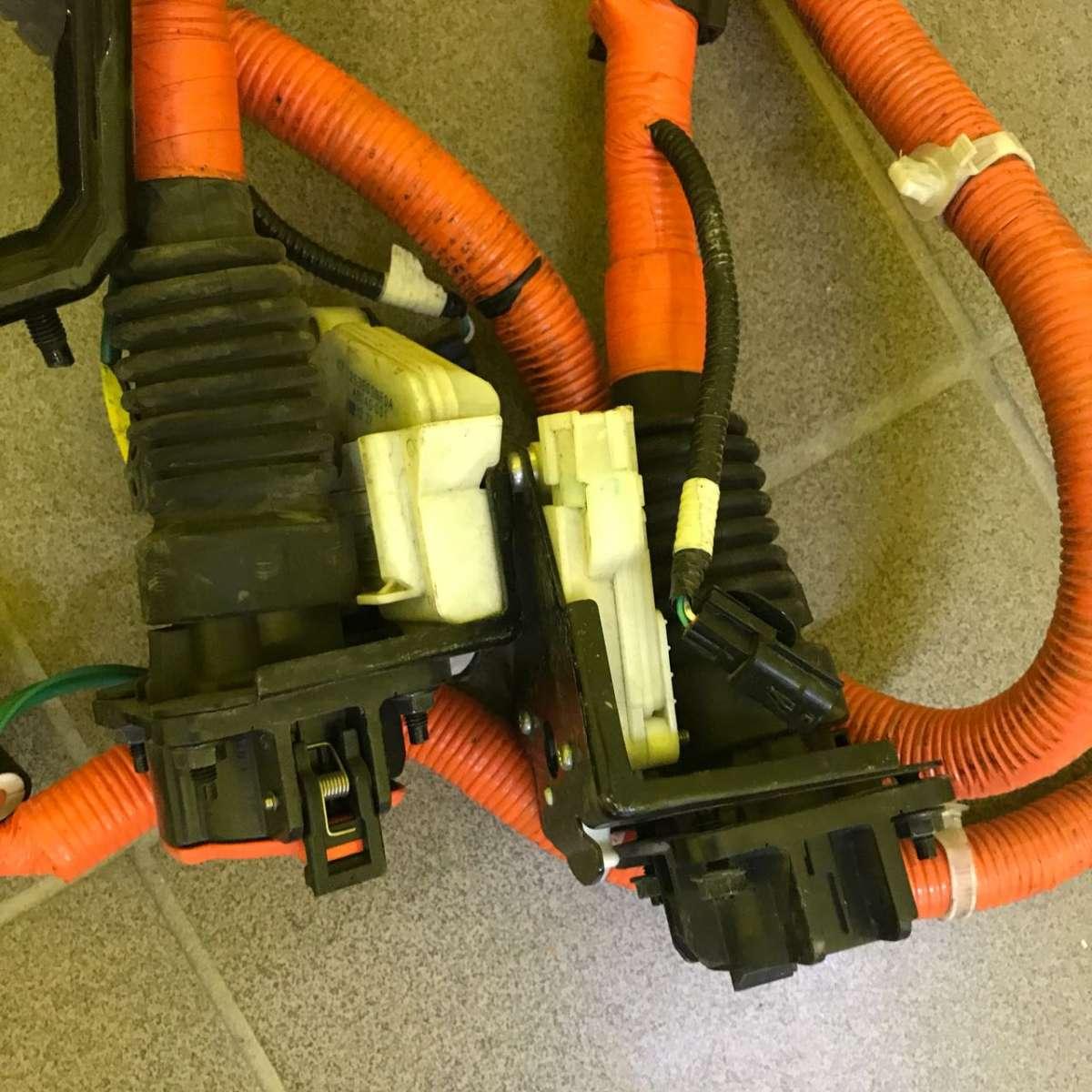 Порт зарядки J1772, обычный Nissan Leaf