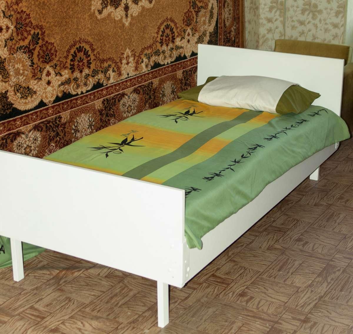 одномісне ліжко б/в