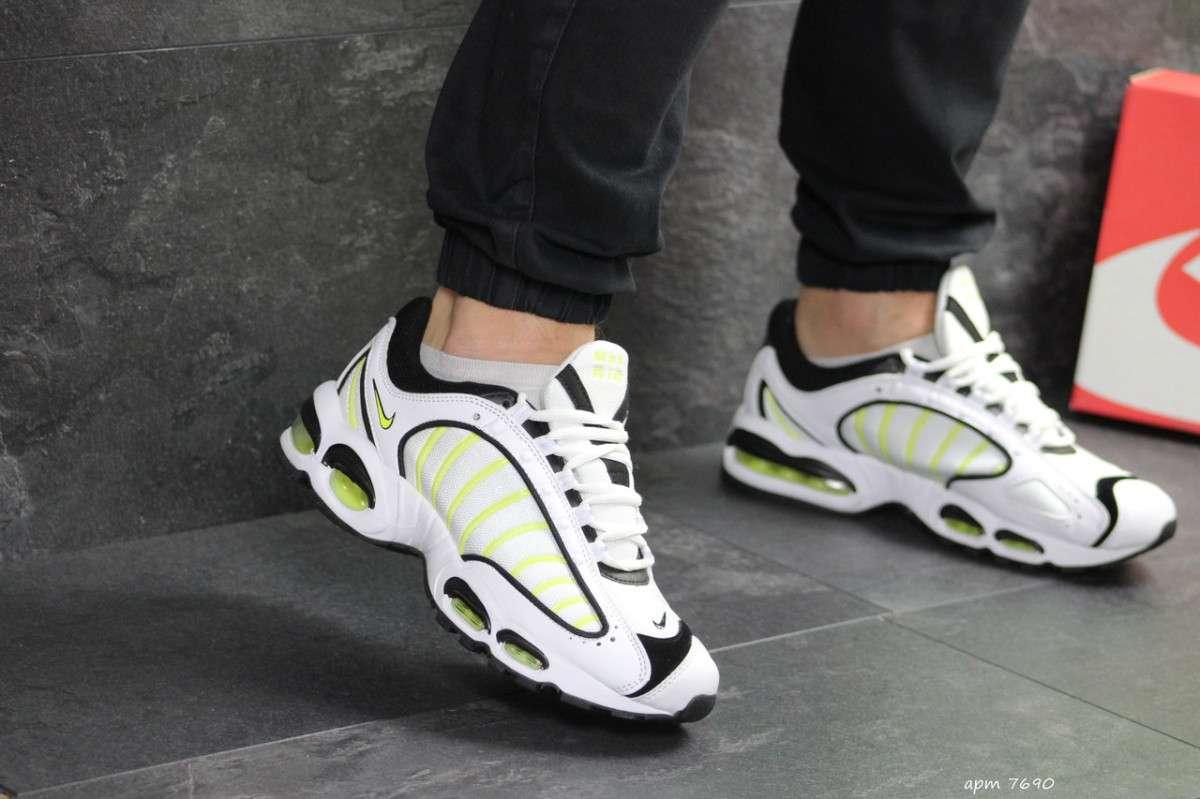 Мужские кроссовки белые с салатовым Nike Air Max 7690