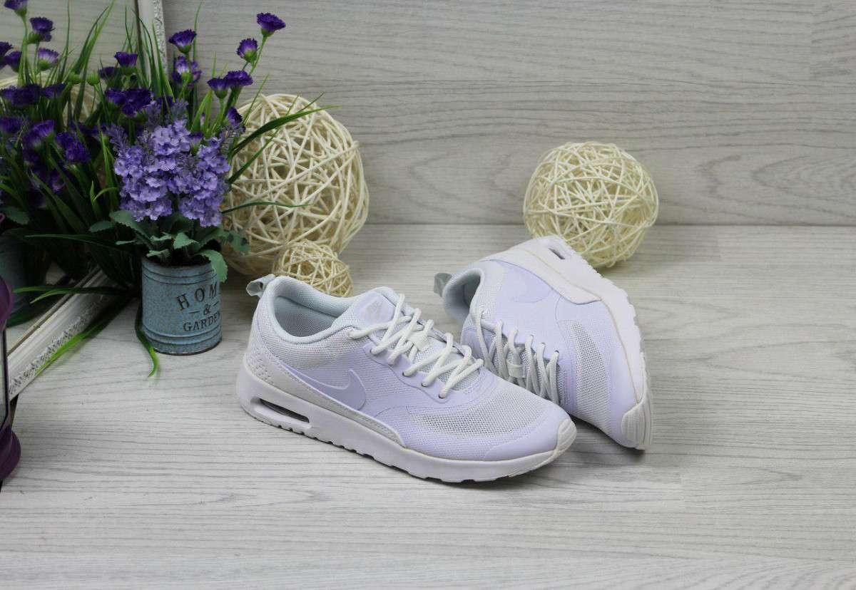 Кроссовки женские белые Nike Air Max Thea 4426