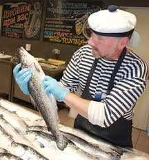 Продавец в рыбный отдел
