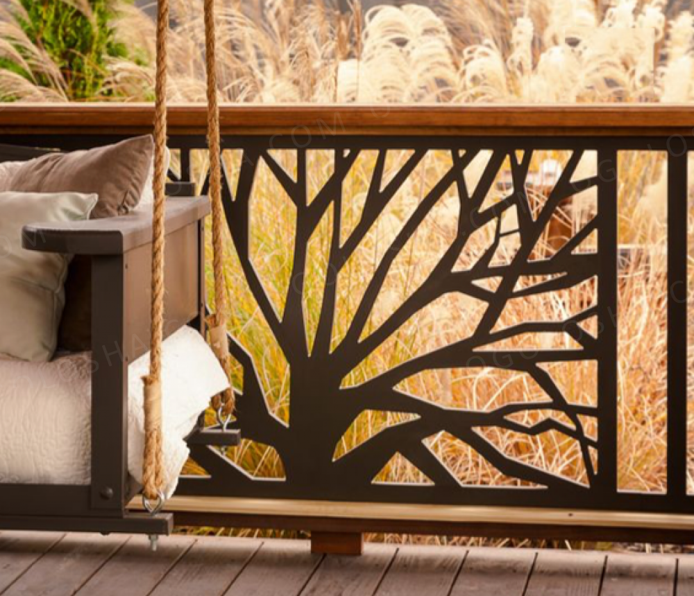 водах деревянные резные ограждения балконов меняются молочные