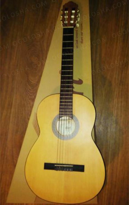 Классическая гитара Cort AC 10 (NS)