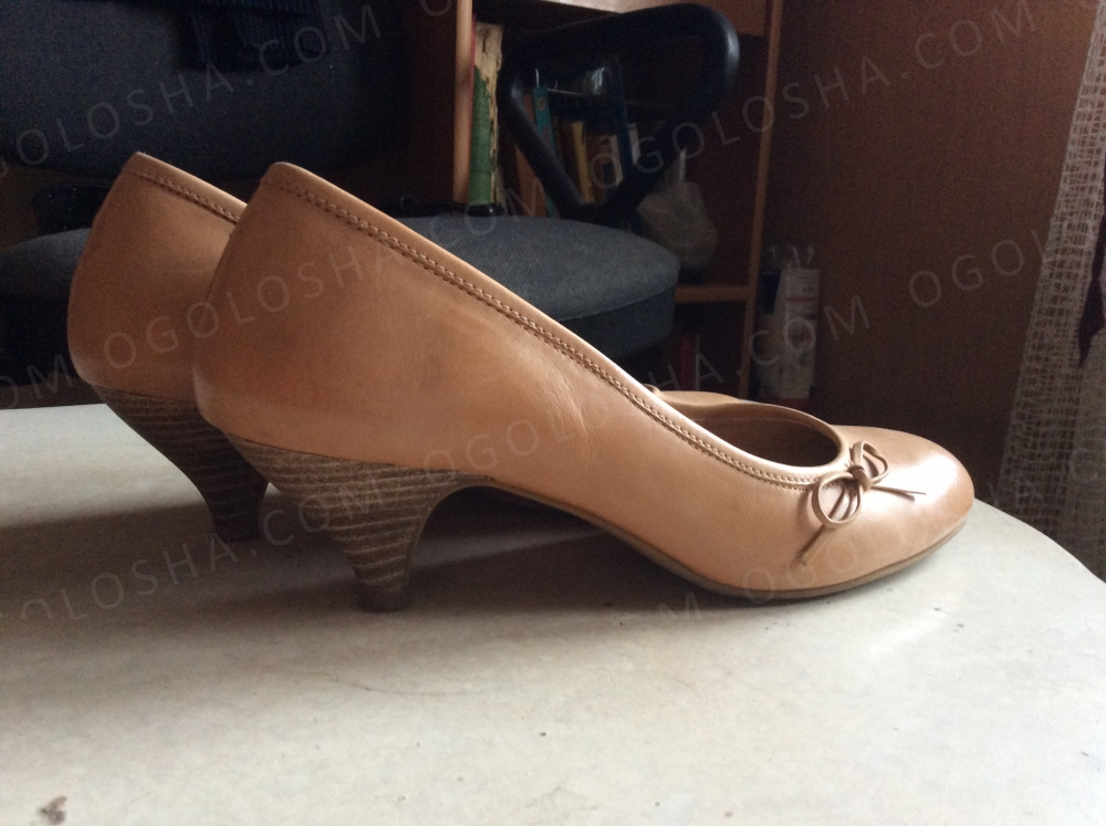 Продам туфли из натуральной кожи.