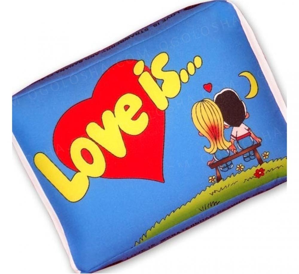 Подушка Love is 3 цвета
