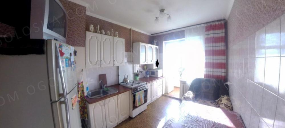 Трехкомнатная квартира на Заболотного