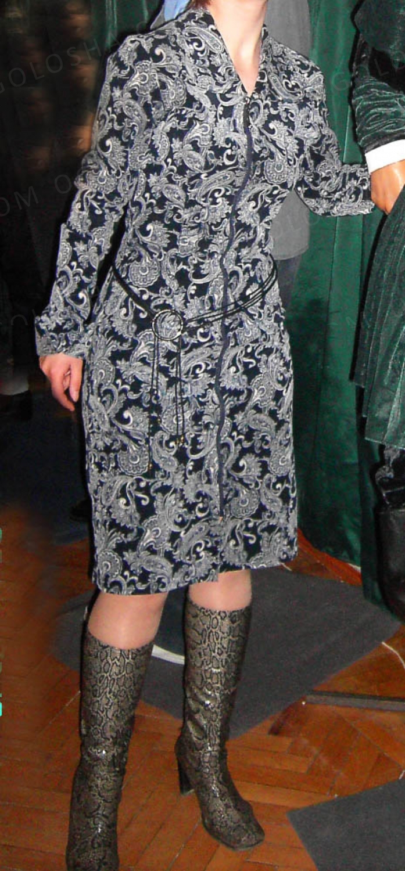 Вельветовое платье по фигуре. Размер - S, M