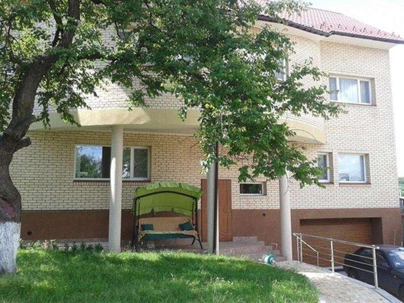 Новый дом 450 м2 с видом в Голосеево, ул Уральская.