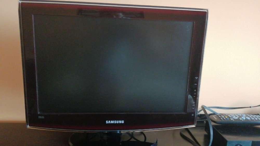 Продам телевизор Samsung 19 дюймов, бу цвет бордо. Эксклюзив