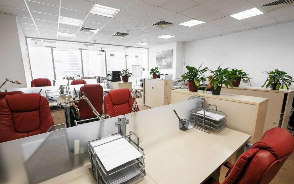 Меблированный офис под ключ с удобным расположением недалеко от метро