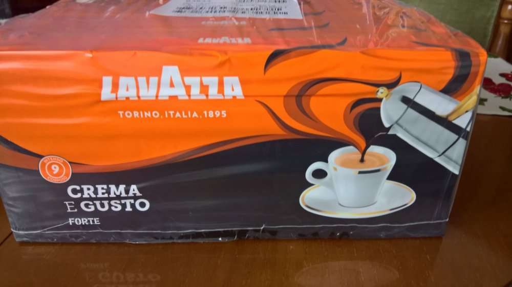 Італійська мелена кава Lavazza (Crema gusto forte)