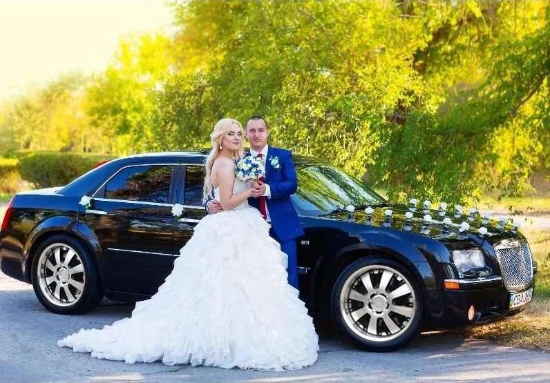 Предоставляю в аренду автомобиль Chrysler 300c - авто на свадьбу Киев