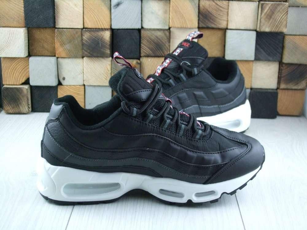 b89078ae Черные демисезонные кроссовки Nike Air Max 95 4...: 950 грн - Мода и ...